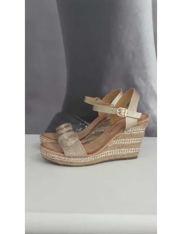 Sandalia de mujer con círculos - Modelo 226DF - Color oro