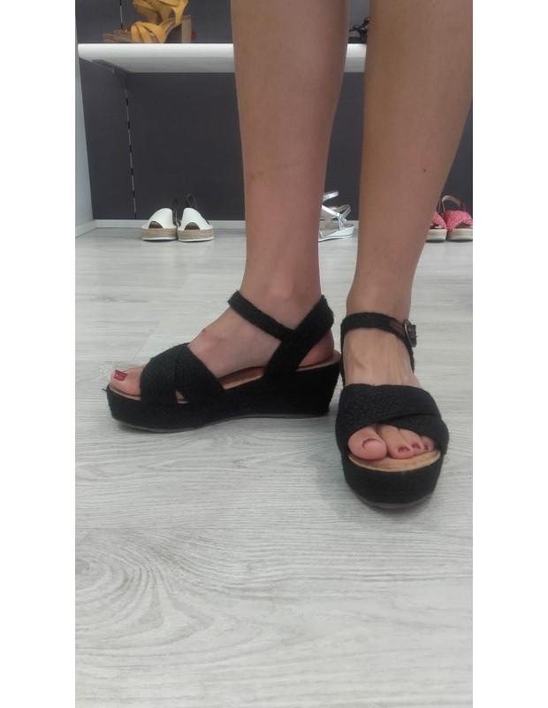Sandalia cruzada de mujer - Modelo 233DF