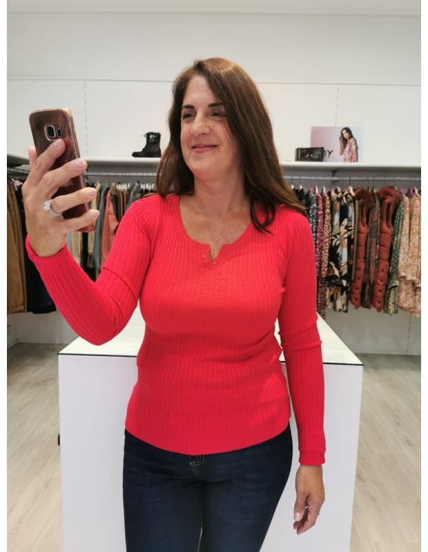 Suéter pico/botones para mujer. Modelo LB0006. Color rosa.