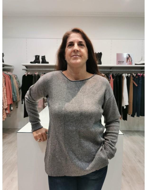 Suéter de mujer. Modelo N6793 trenza. Colores: Gris o rojo.