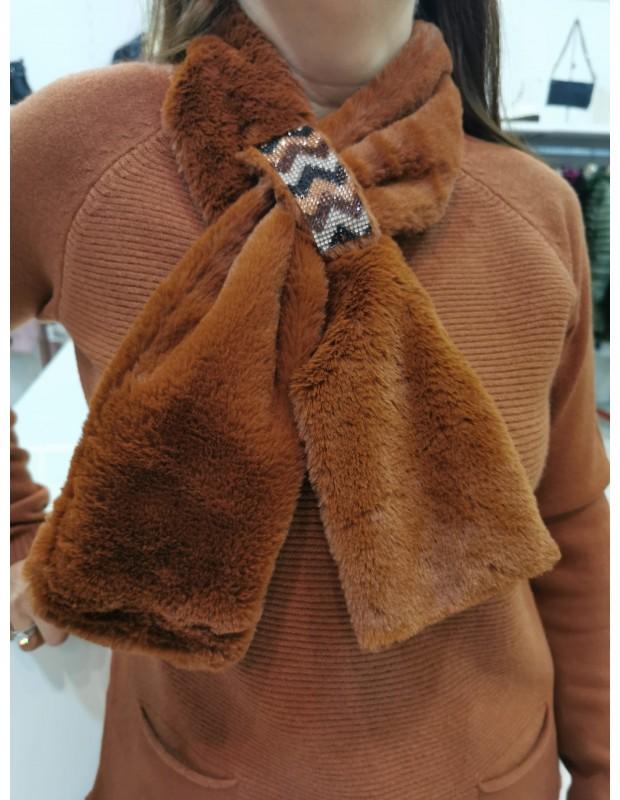Suéter de mujer con cuello a juego. Modelo P8027. Color gris.