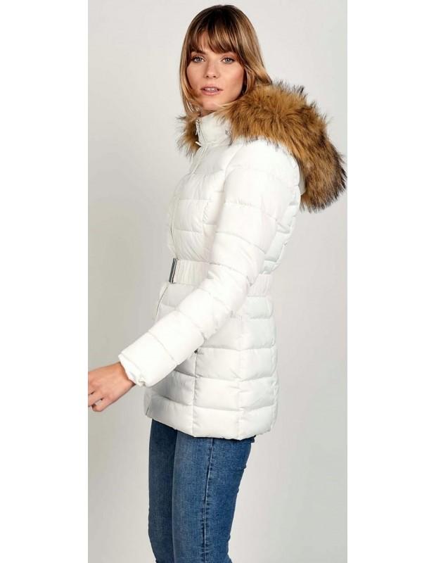 Chaqueta con cinturón para mujer. Modelo OBR310-15. Color blanco.